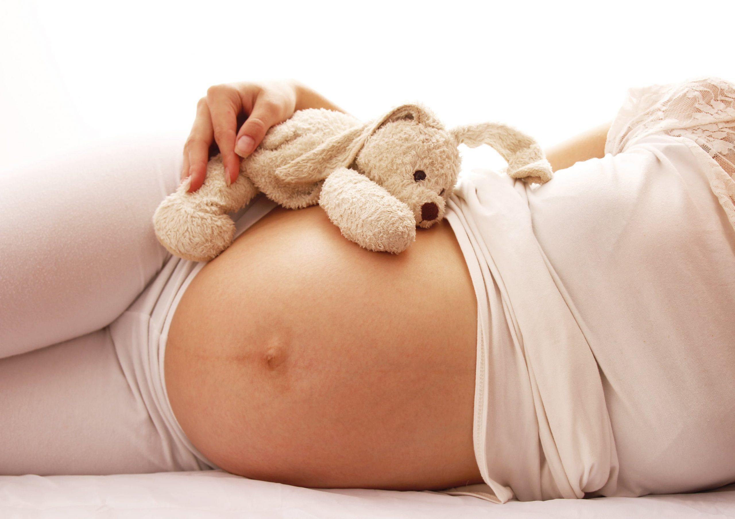 Bebek Anne Karnında Ne Zaman Uyur?
